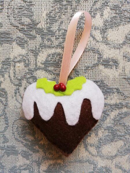 """Ziemassvētku eglītes rotaļlieta """"Sirsniņa"""" no serijas """"Piparkūka"""". 6,5 cm."""